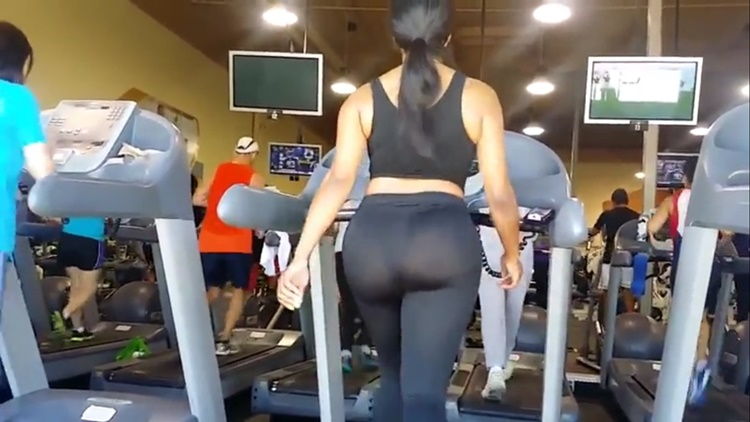 Creeper Films Woman On Treadmill At The Gym